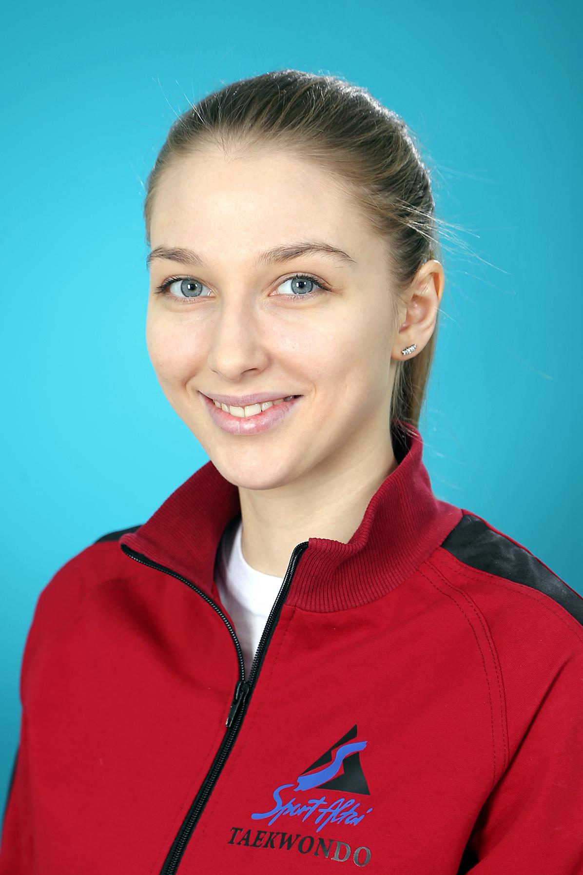 Анохина Анастасия